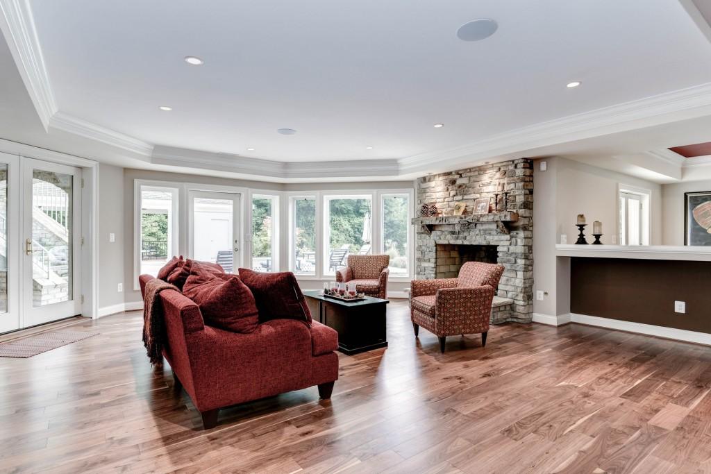 affordable luxury custom build home in Oakton VA